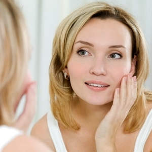 Learn How To Stay Looking Young For Long Naturally!