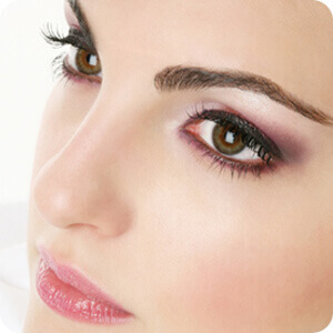 Shaping The Eyebrow To Look Best And Use Suitable Makeup