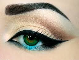 Most Common Trendy Eyeliner Styles To Make You Look Awesome